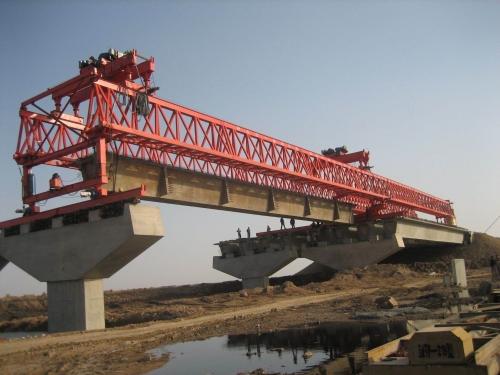 120t-30m公路架桥机