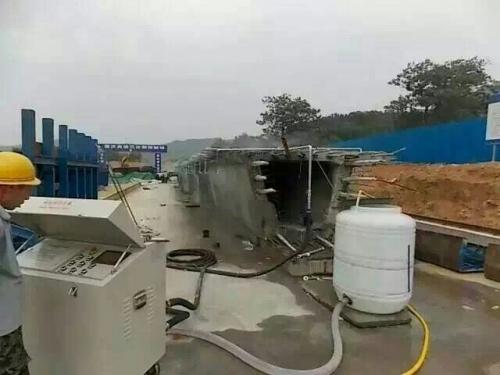 库尔勒桥梁自动喷淋养护设备